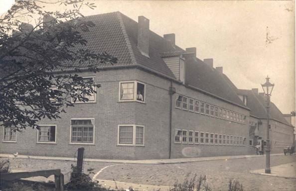 Het Karenhuis voor 1928